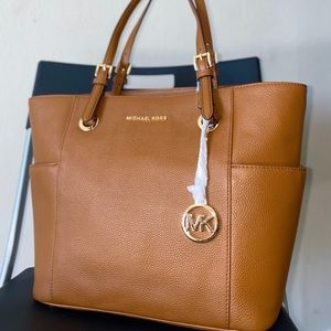 MICHAEL KORS- jet set medium tote
